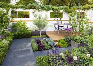 Petit Jardin Moderne : am nagement petit jardin en 55 photos fascinantes ~ Dode.kayakingforconservation.com Idées de Décoration
