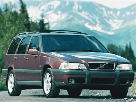 volvo  xc dr  wheel drive station wagon
