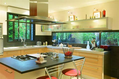 cuisine fenetre fenêtres alu conseil devis installation stores nantais