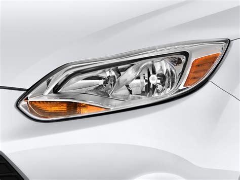 image 2014 ford focus 4 door sedan se headlight size