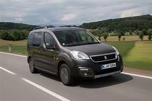 Peugeot Partner Tepee Versions : peugeot notbremsassistent f r partner und partner tepee ~ Medecine-chirurgie-esthetiques.com Avis de Voitures