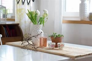 Pendelleuchte Für Langen Tisch : paletten upcycling f r den tisch leelah loves ~ Michelbontemps.com Haus und Dekorationen