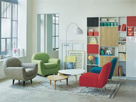 1 salon sans canapé pour optimiser l 39 espace