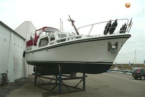 Motorjacht Neptunus 107 by Neptunus 107 Twin Motorboot Te Koop Jachtmakelaar De Valk