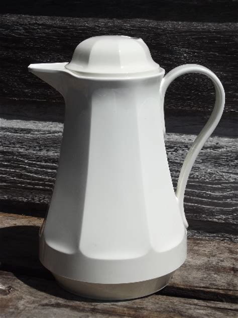 thermos coffee butler insulated plastic carafe pitcher  box