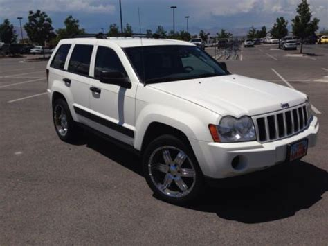 jeep cherokee sport 2005 find used 2005 jeep grand cherokee laredo sport utility 4