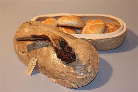 brotdosen brotkasten kail und krisch keramik und kacheloefen