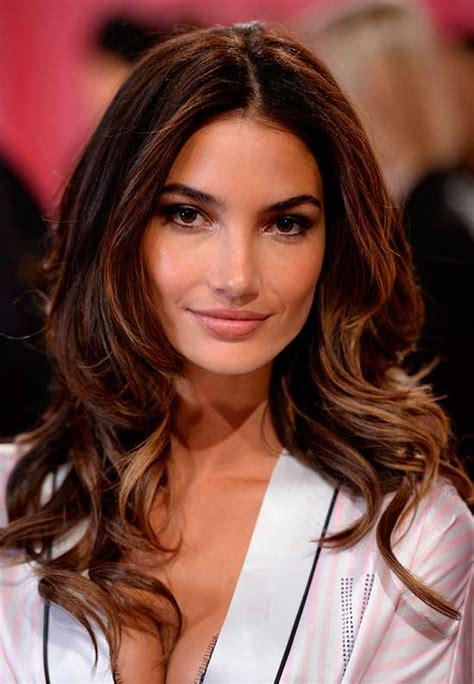 hair highlights  olive skin tone