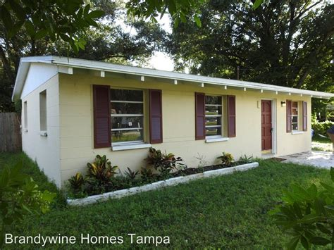 patterson st tampa fl   bedroom house
