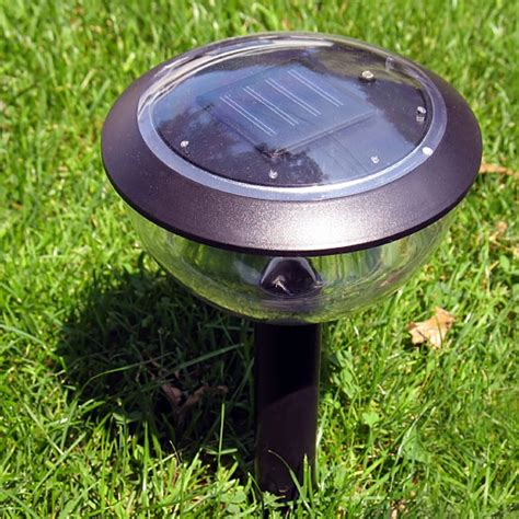 landscape lighting low voltage lighting solar