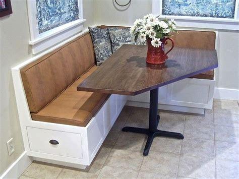 Corner Kitchen Table With Storage Bench   Horner H&G