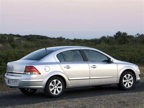 Opel Astra H by Opel Astra H Sedan 1 7 Cdti 101 Hp