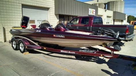 Cheap Used Bass Boats by 2003 Triton Tr20 Bassboat 23 Ft Bass Boat 225 Hp With