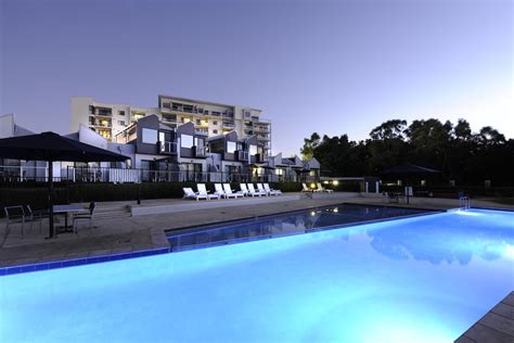 Appartments In Perth by Top Deals Assured Ascot Quays Hotel Perth Australia