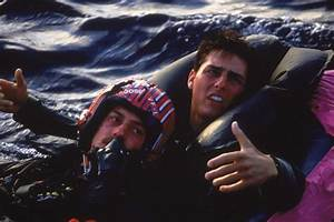 Pin Still Of Tom Cruise And Anthony Edwards In Top Gun ...