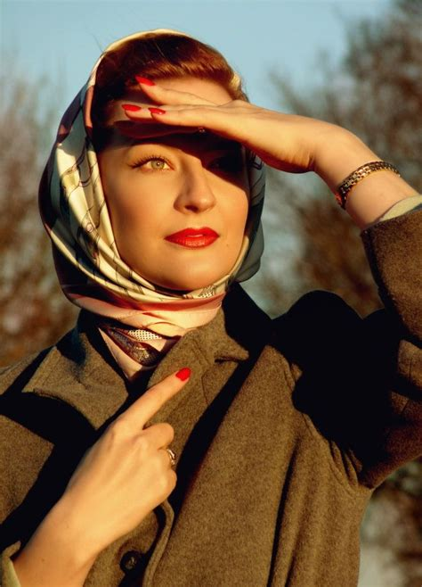 1940s Hairstyles With Scarf by Jarlsson Makeup Nails 1940s 1950s Style In Warm