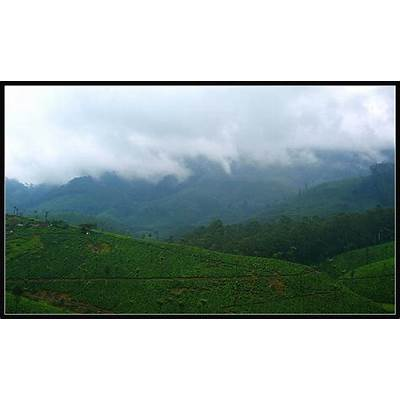 `Valparai' Green hills vapourise... a photo from Tamil