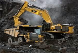 cat excavators caterpillar mining excavator mining mining machinery