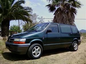 Batterie Chrysler Voyager 2 5 Td : chrysler voyager 2 5 td 4 5 1992 1994 ~ Gottalentnigeria.com Avis de Voitures