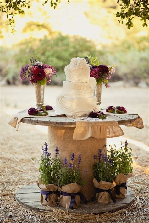 wire spool  cake stand wedding decoration inspiration