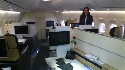 airlinersde lufthansa   cabin walkthrough youtube