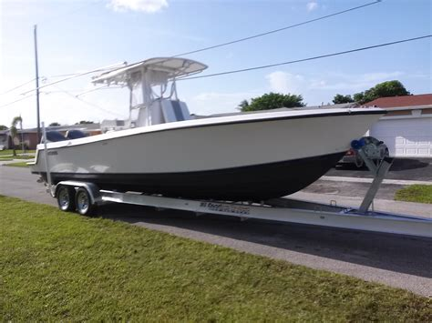 Contender Boats Dual Console by Contender 27 Center Console Boat 30ft 2008 200 Hpdi