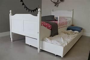 Kinderbett Massivholz 90x200 : kinderbett kinderbetten kaufen aus 100 massivholz ~ Whattoseeinmadrid.com Haus und Dekorationen