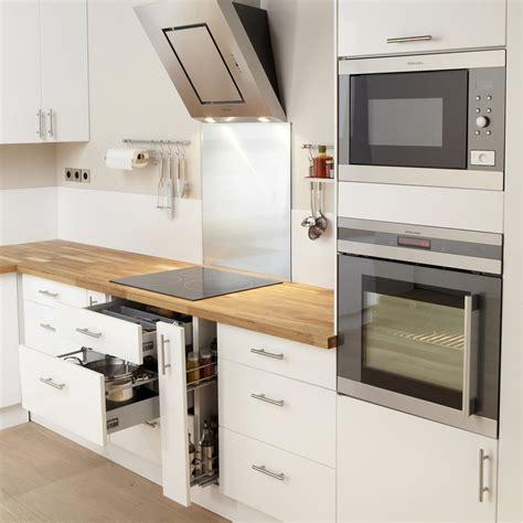 voir cuisine leroy merlin meuble de cuisine blanc delinia leroy merlin