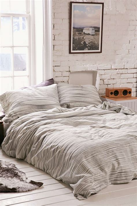 Neutral Bed Covers best 25 neutral duvet covers ideas on bed