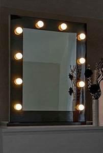 Miroir Coiffeuse Lumineux : miroir lumineux de loge theatre dressing hollywoond diamond x chambre hollywood pinterest ~ Teatrodelosmanantiales.com Idées de Décoration
