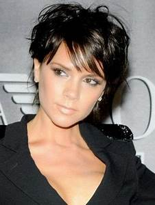 Coupes Cheveux Courts Femme : coupe de cheveux court femme pour visage ovale ~ Melissatoandfro.com Idées de Décoration
