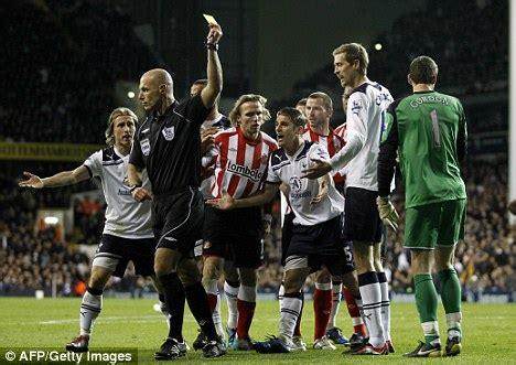 bentley penalty tottenham boss harry redknapp claims referee blunders cost