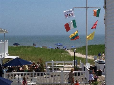 dune deck hotel westhton 301 moved permanently