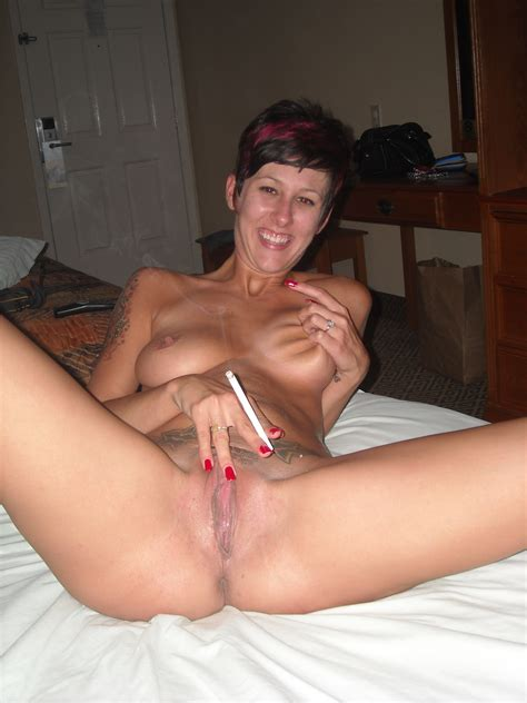 D Milf In Gallery Smoking Milf Picture Uploaded By Mattmcuk On Imagefap Com