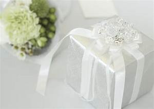 proper etiquette of sending wedding gifts With what is the appropriate gift for a wedding