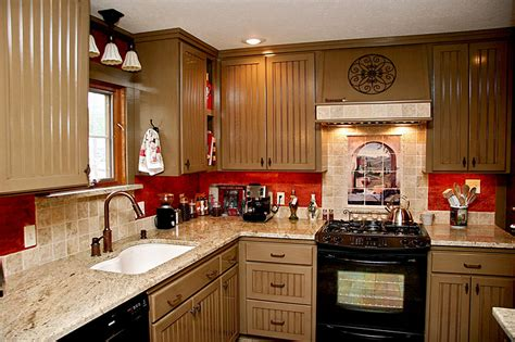best chef themed kitchen design with beige cabinet and