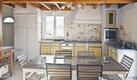 moderniser une cuisine en ch麩e moderniser une cuisine proven 231 ale cr 233 dence imitation
