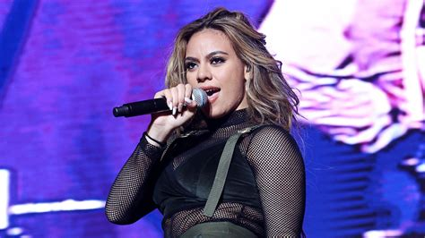 Fifth Harmony Dinah Jane Signs With Reid Hitco