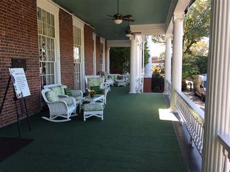 martha washington inn  spa updated  prices