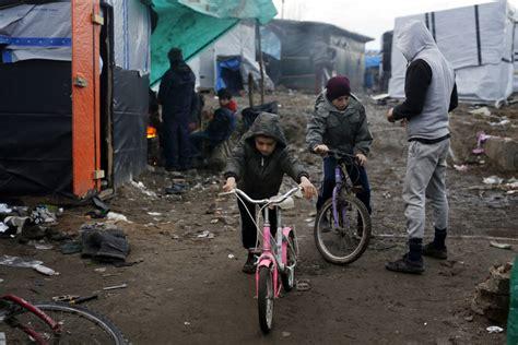 france programs slow death  calais migrant camp