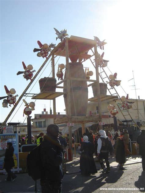 Ingresso Carnevale Viareggio Fotografia Carnevale Di Viareggio 2008 1 Bellezze