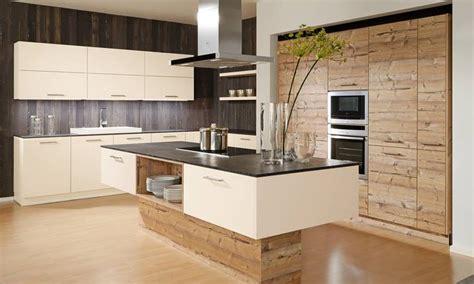 cuisiniste rouen cuisine bois beige resine de protection pour peinture