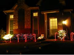 Christmas Comes With Lots Of Color And Symbolic Touch Of Holiday Magic Outdoor Christmas Home Inspiration Christmas Decorations Christmas Lights Christmas Outdoor Christmas Top 10 Biggest Outdoor Christmas Lights House Decorations DigsDigs