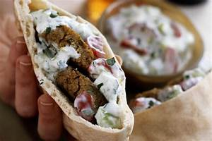 Falafel Pita Sandwich Recipe (With Vegetables and Tahini)