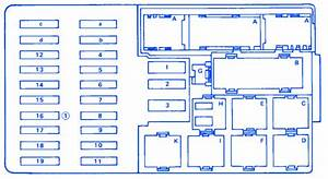 Ford Excursion 4 U00d74 2005 Primary Fuse Box  Block Circuit Breaker Diagram  U00bb Carfusebox