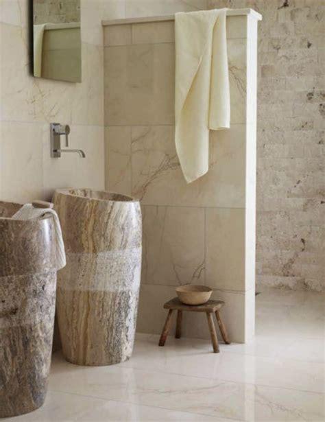 30 Calm And Beautiful Neutral Bathroom Designs - DigsDigs