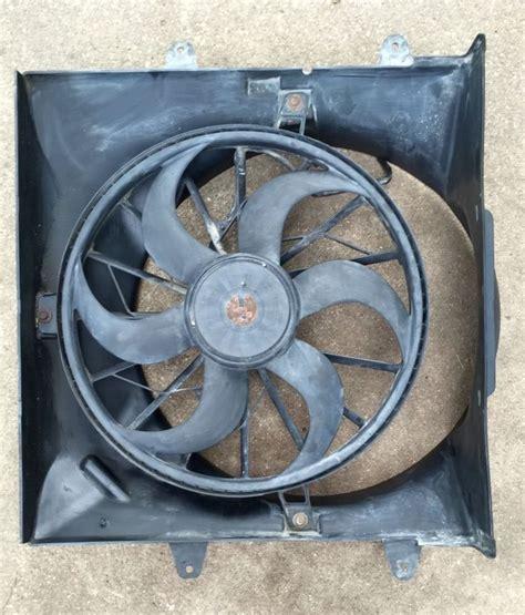 2004 jeep grand cherokee radiator fan 1999 2004 jeep grand cherokee 4 0 radiator electric