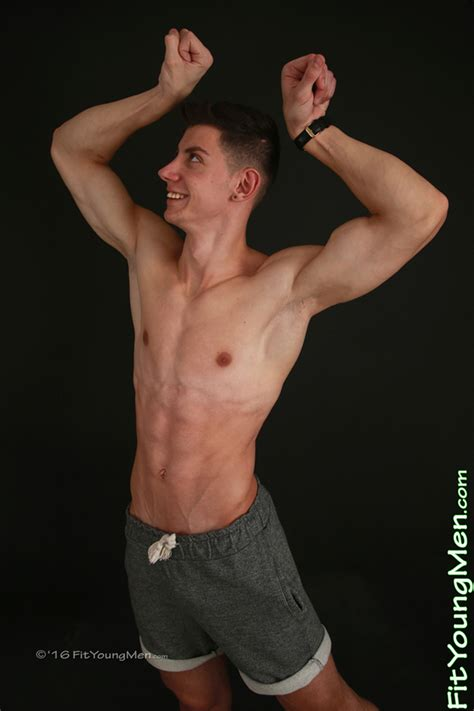 Fit Young Men Model Guy Craig Gym Tall Ultra Lean Young Pup Shows He Has All The Impressive