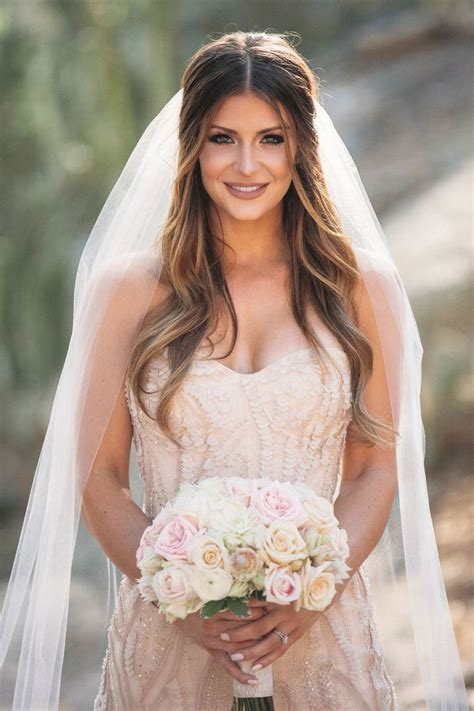 Best 25  Bridal hair ideas only on Pinterest   Bridesmaid