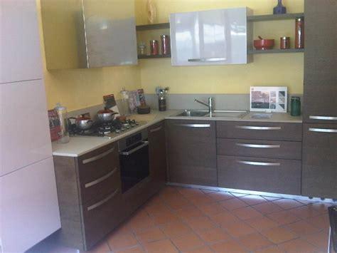 cucine piccole prezzi piccole cucine ad angolo qq97 187 regardsdefemmes